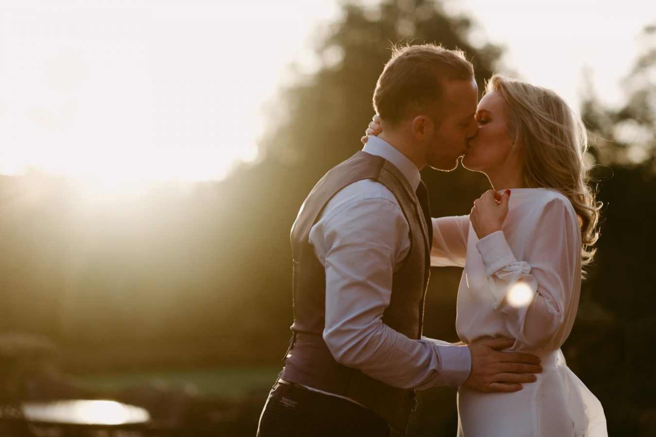 creative fine art documentary london destination wedding photographer